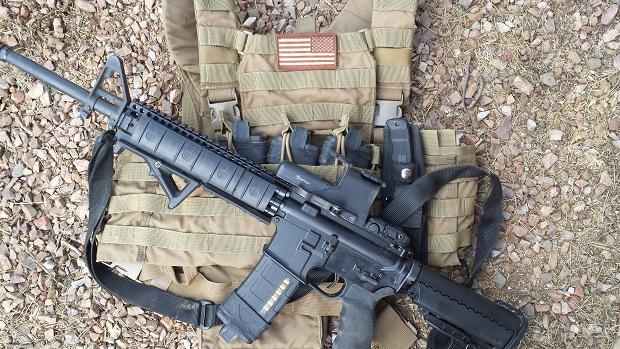 AR-15 16